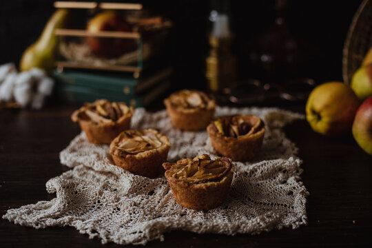 Apple / pear pie crunchy cupcakes with cinnamon