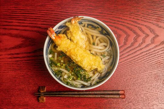 天ぷらうどん  Tempura in Udon noodle soup japanese food