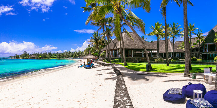 luxury 5 star hotel territory with beach bar  - Constance Belle Mare Plage. Mauritius island. Pointe de flacq , Belle Mare. February 2020