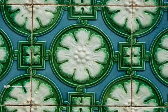 tiles,art noveau,detail