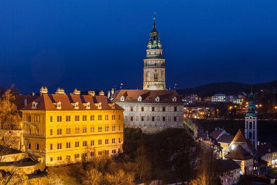 Beautiful night view of Český Krumlov castle and the castle tower, Cesky Krumlov, Czech Republic