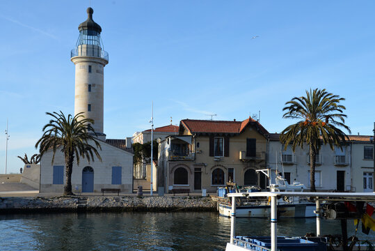 Le Grau -du-Roi. Phare et canal. South of France.