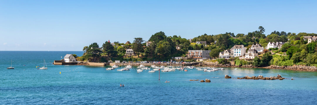 Panorama of the scenic port of Port Manech in Finistère, Brittany, France