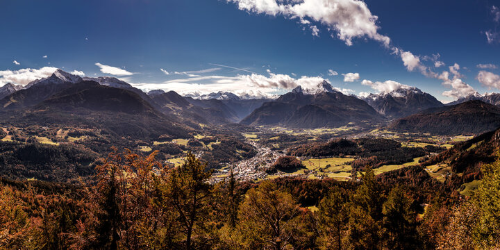 Autumn at the Watzmann in Berchtesgadener Land, Bavaria, Germany.