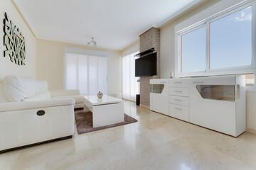 Fototapeta Pokój Mieszkanie Dom Wnętrze Interior Kanapa Wystrój Design Okna obraz