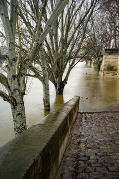 Paris Monument 1051