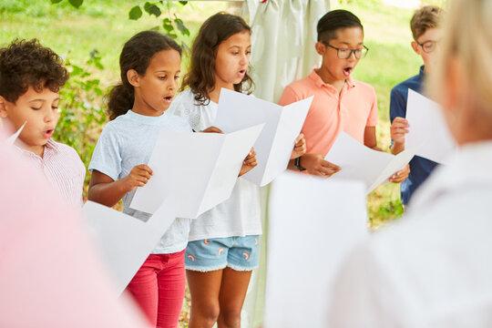 International children's choir sings acappella