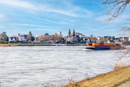 Rhein bei Wesseling