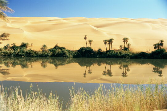 Oum el Ma Lake, Mandara Valley, Southwest Desert, Libya