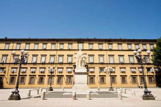 Palazzo Ducale, Piazza Napoleone, Lucca, Tuscany