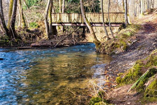 Brücke und Furt am Mehrbach