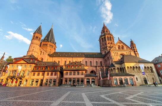 Mainz, Germany - June 12, 2017: Old kathedral Dom in Mainz city, Germany in evening