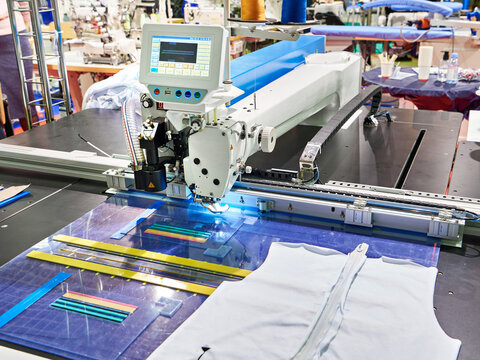 Programmable electronic large-area pattern machine
