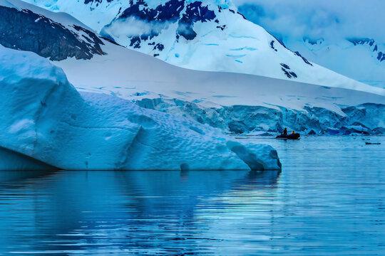 Boat Glacier Snow Mountains Paradise Bay Skintorp Cove Antarctica