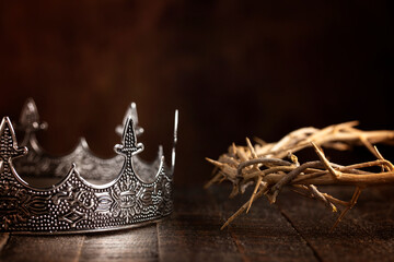 Kings Crown and the Crown of Thorns