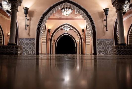 The interior is in a traditional oriental style.
