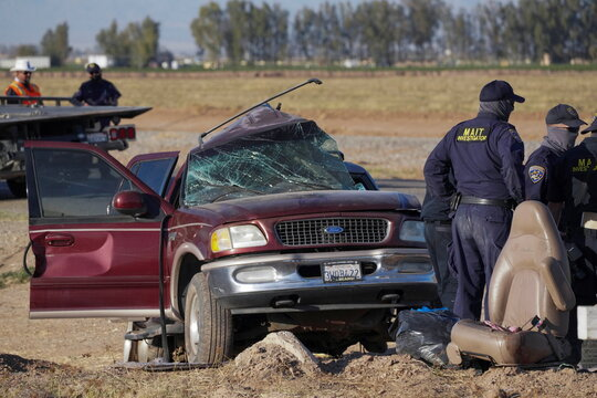 Collision between a sport utility vehicle (SUV) and a tractor trailer truck near Holtville