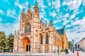 Obraz BRUSSELS, BELGIUM - JULY 07, 2016 : Notre Dame du Sablon's Cathedral in Brussels, Belgium and the European Union's capital. - fototapety do salonu