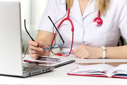 telehealth concept. Remote medical help for distance patient, telemedicine.