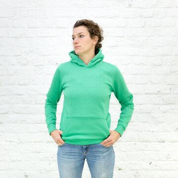 Blanko Kapuzenweater Kelly-Green - No2 - Hoodie - Vorlage auf weißem Grund für Online-Shop