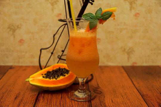 non-alcoholic papaya and lime cocktail