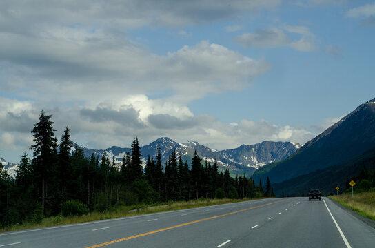 Alaskan road trip driving towards Palmer from Tok