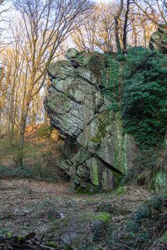 Le Caillou-qui-bique ( Honnelles, Mons, Hainaut, Belgique)