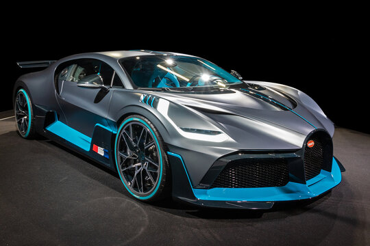Bugatti Divo extreme hyper sports car