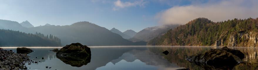 Alpsee am Wintermorgen