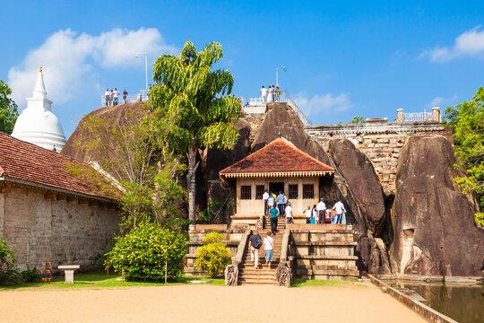 Isurumuniya Buddhist Temple, Anuradhapura
