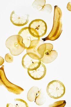 Apple, banana and Lemon slices