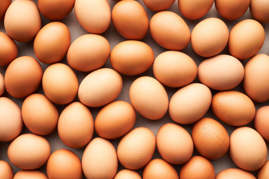 Background of raw chicken eggs