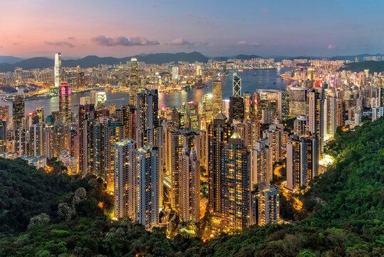 Hong Kong views from Victoria Peak at night