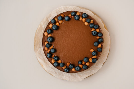 Delicious chocolate cheesecake with berries