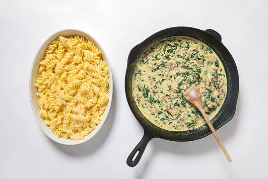 meal kit pasta dish