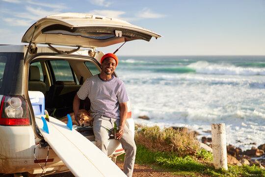 Surfer enjoying nature on a roadtrip