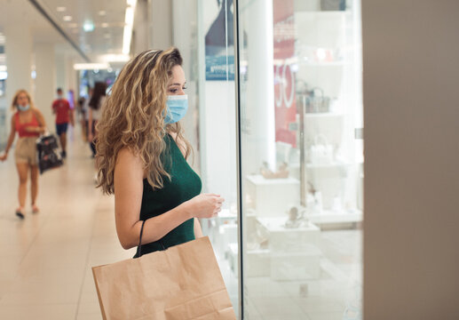 Young woman Shopping in a Shopping Mall