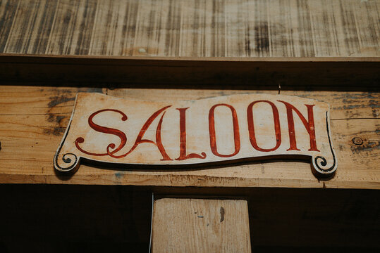Wooden sign 'Saloon'
