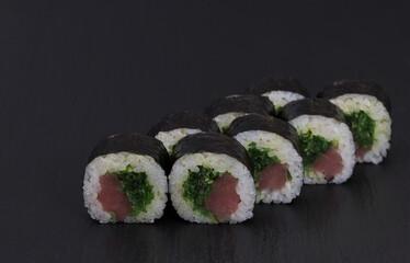 Fototapeta Sushi Rolls Chukka Tekka with RICE, TUNA, wakame and SEZAM obraz