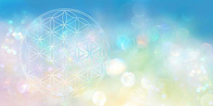 Irisierende Blume des Lebens verbindet in einem hell leuchtenden Lichtermeer Himmel und Erde und steht symbolisch für das vollkommene Ganze