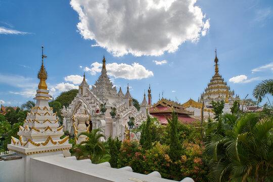 Kyauk Taw Gyi Pagoda, Mandalay, Myanmar (Burma)