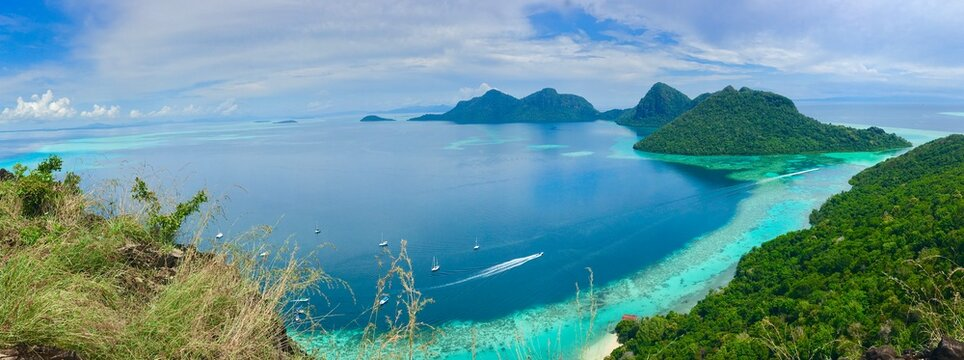 Panoramic View Of Sea Against Sky Bohey Dulang Island