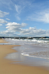 Obraz Fale plaża morze Bałtyckie - fototapety do salonu