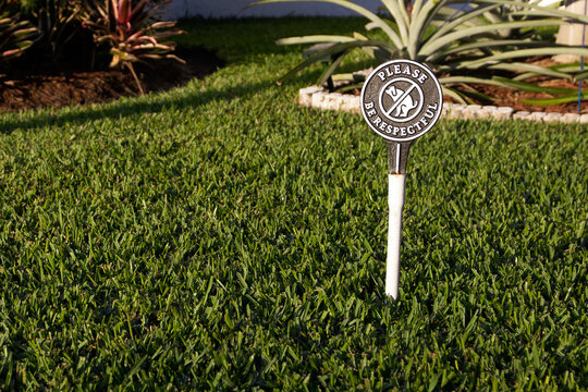 Please Be Respectful and Clean Up After Your Pet Garden Sign