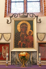 Fototapeta Olsztyn. Katedra św. Jakuba. Matka Boska Jasnogórska. Obraz.  obraz