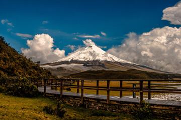 Landsscape Cotopaxi volcano Fototapete