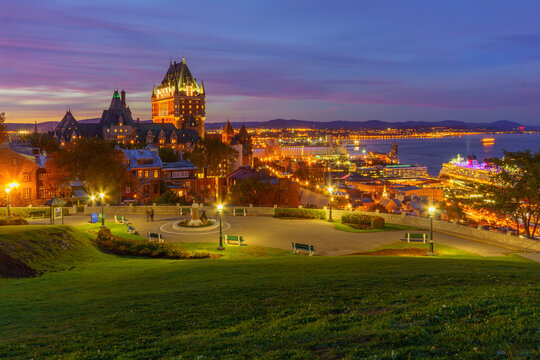 Sunset view of Quebec City