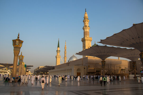 Medina, Masjid al Nabawi. Muslim pilgrims visiting the beautiful Nabawi Mosque. The Prophet mosque.