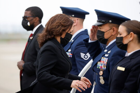 U.S. Vice President Kamala Harris departs Oakland en route to Los Angeles
