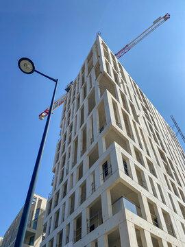 Immeuble moderne en construction à Bordeaux, Gironde